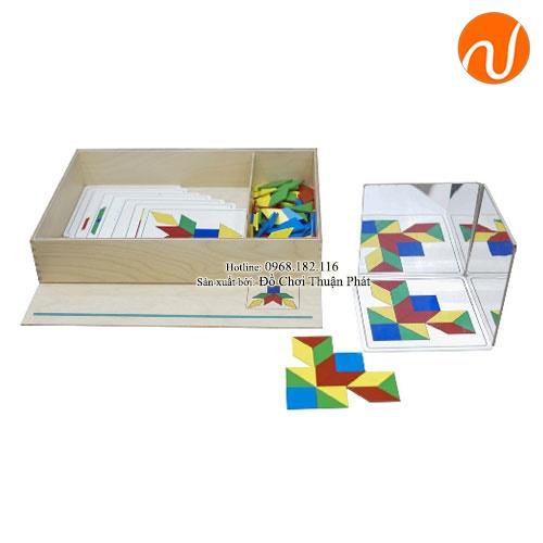 Giáo cụ Montessori sắp xếp miếng ghép gỗ theo bảng chỉ dẫn UDLQ-4513