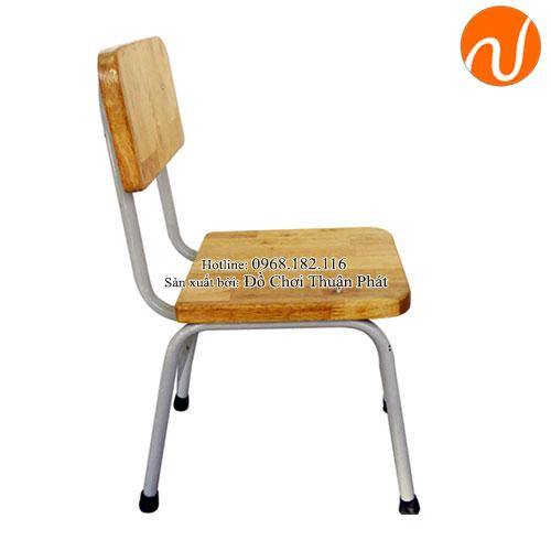 Ghế gỗ mầm non cho bé chăn sắt TP-1107-1
