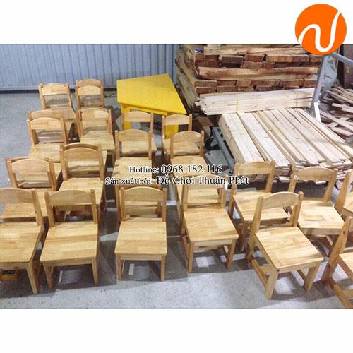 Ghế gỗ mầm non cho bé TP-1108-6