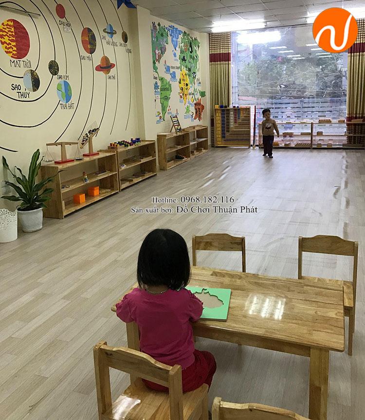 Sản xuất lắp đặt bàn ghế gỗ, tủ kệ mon cho trường mầm non tại Hải Phòng-4