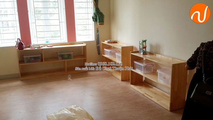 Cung cấp sản phẩm tủ kệ Montessori đồ chơi vận động tại Hà Nội-2