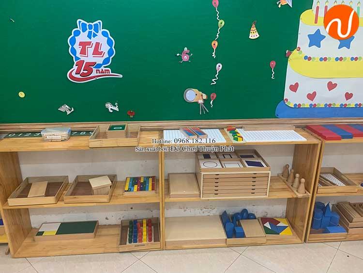 Giao kệ Montessori cho khách hàng mở lớp học Montessori tại Hà Nội-2