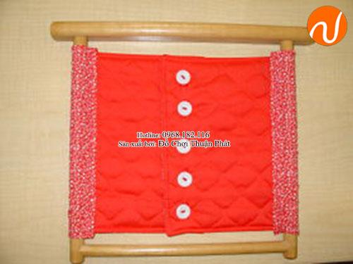Hướng dẫn sử dụng giáo cụ Montessori cài khuy (cúc) áo-1