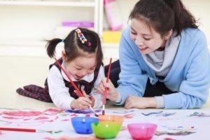 Những nguyên tắc cho bố mẹ khi dạy con theo phương pháp Montessori