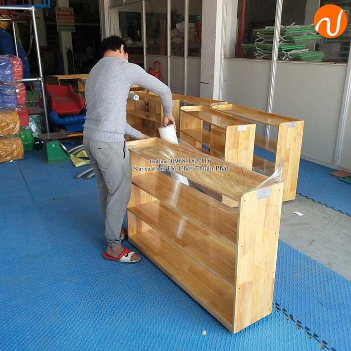 Sản xuất kệ Montessori 4 tầng cho trường mầm non tại Hà Nội-1