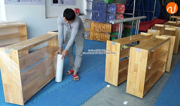 Sản xuất kệ Montessori 4 tầng cho trường mầm non tại Hà Nội-2