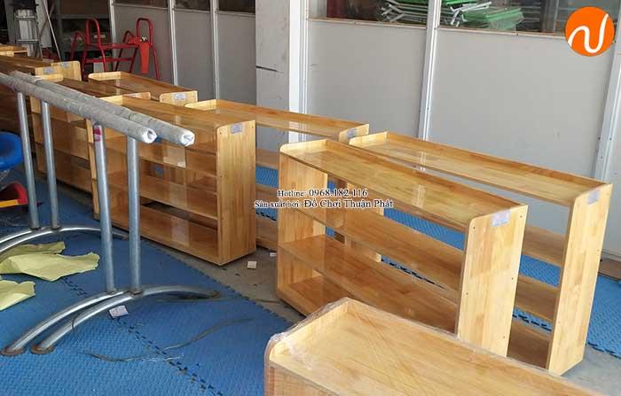 Sản xuất kệ Montessori 4 tầng cho trường mầm non tại Hà Nội-3
